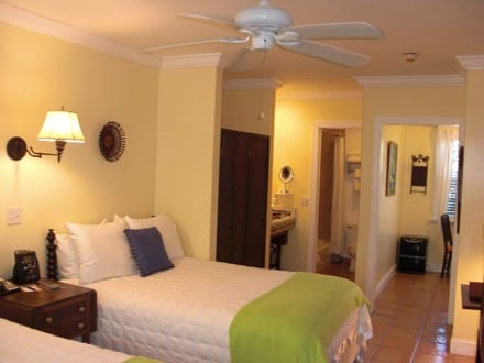 Hotels in Vero Beach oceanside beachside